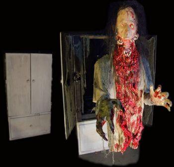 Creature cabinet - CC606